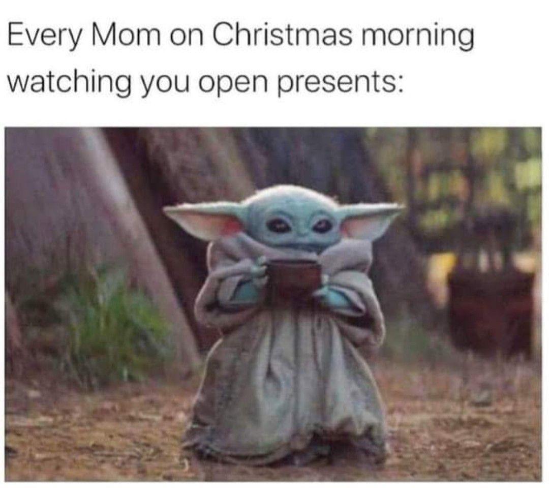 Pin By Lynn On Christmas Cheer Star Wars Baby Yoda Meme Disney Star Wars
