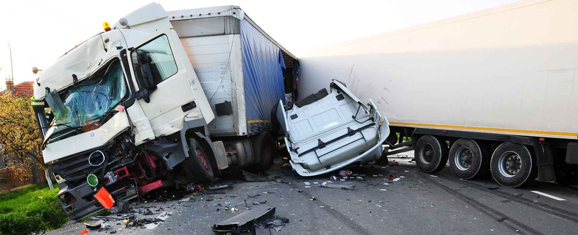 How To Choose A Truck Accident Lawyer For Your Case Trucks Accident Attorney Big Rig Trucks
