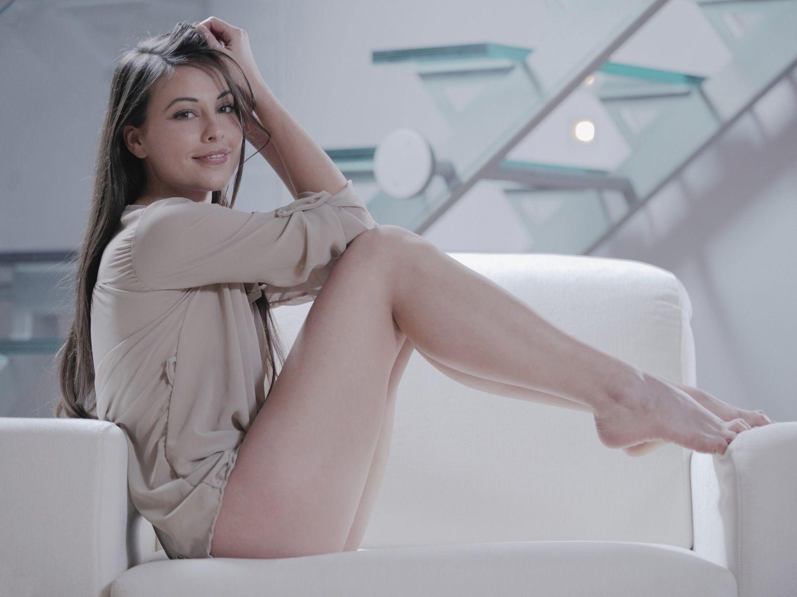 Female crotch shots nude
