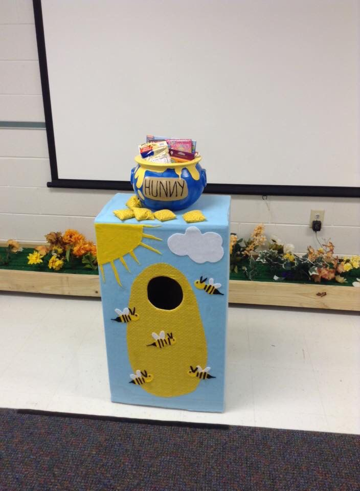 Marvelous Bean Bag Toss Game For Pooh Bee Themed First Birthday Party Forskolin Free Trial Chair Design Images Forskolin Free Trialorg