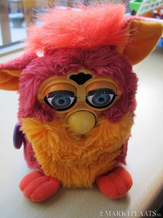Furby: Het electronische speelfiguurtje wat geluid kon maken