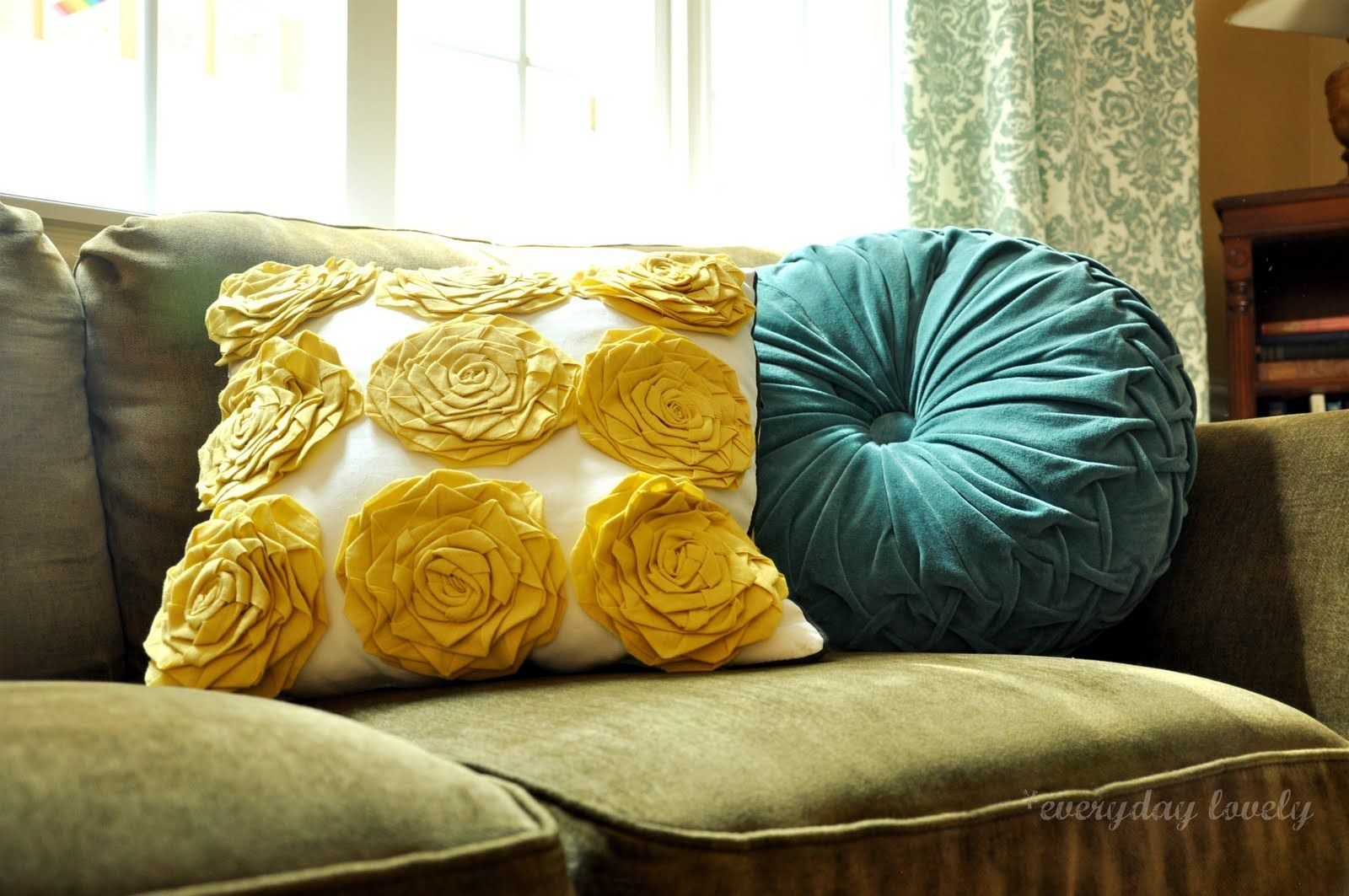 The Blue Pillow Accent, Would Be A Nice Change With My Olive Green Couch And Gold Walls! I