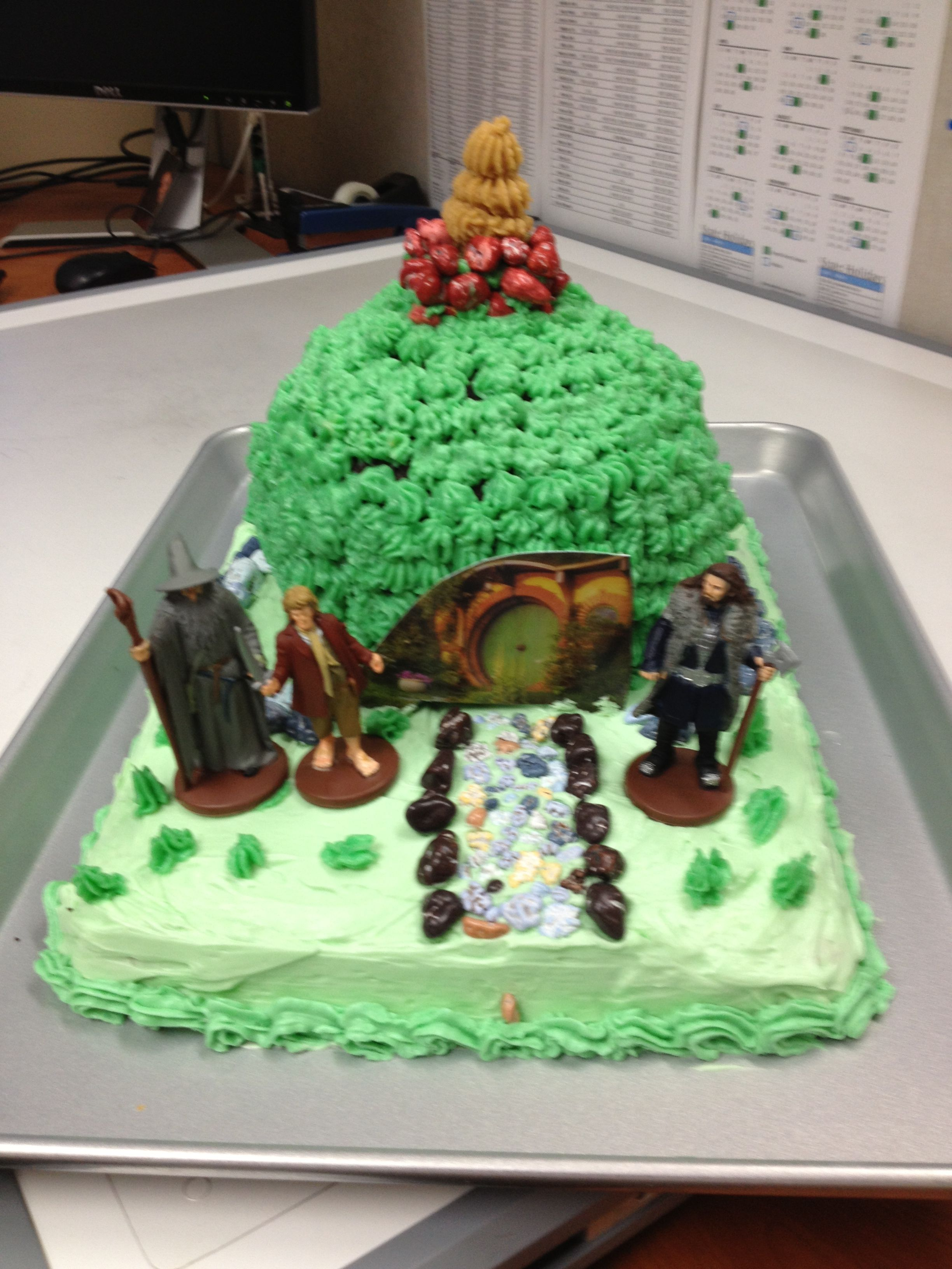 Jim's Hobbit Hole cake