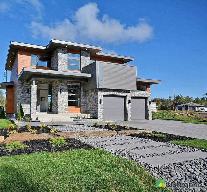 Maison moderne ~ Très belle maison ayant un toît plat On aime le - facade de maison moderne