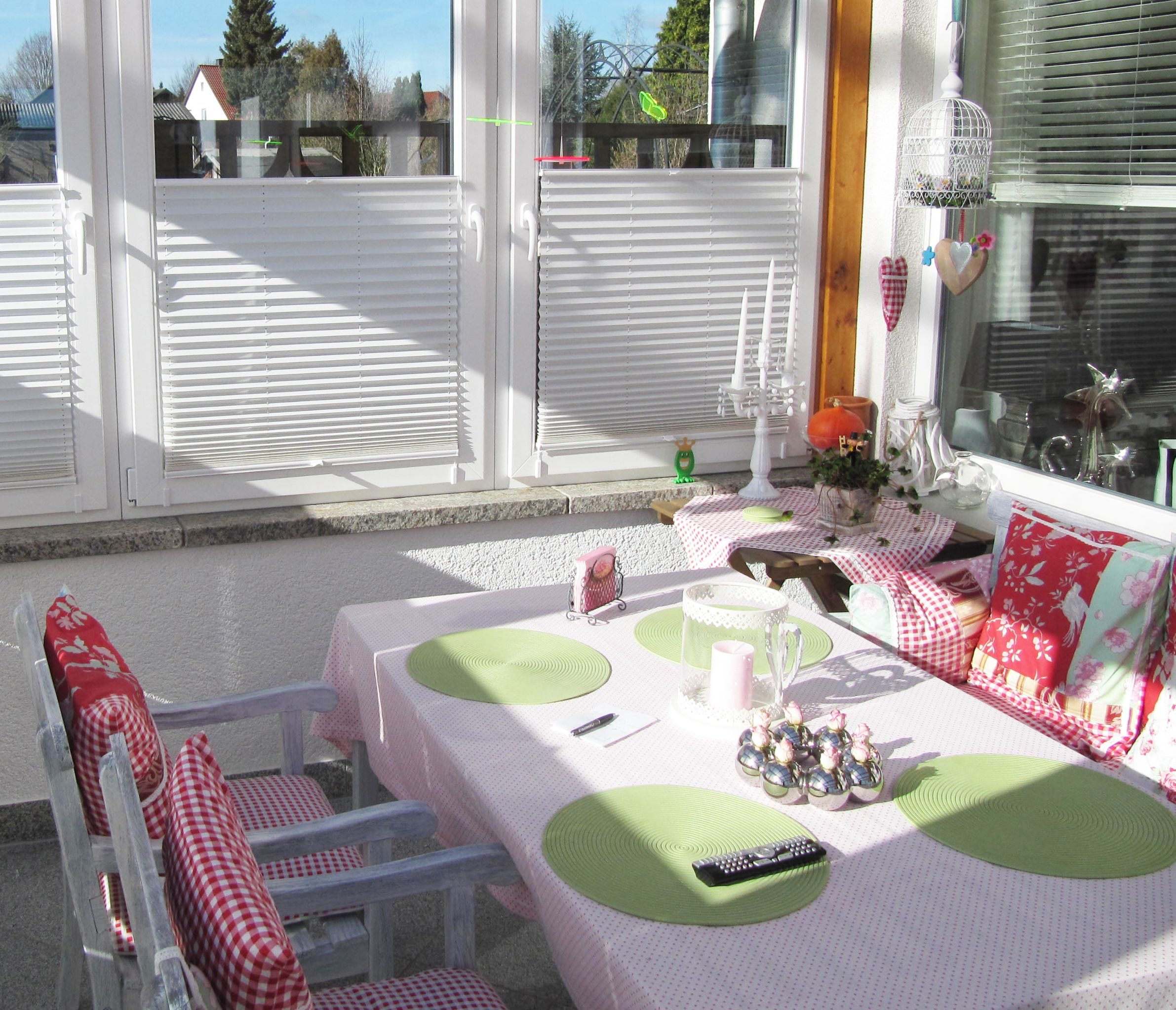 #plissee #tischdeko #wohnen Macht Euer Zuhause schöner mit unseren Plissees.