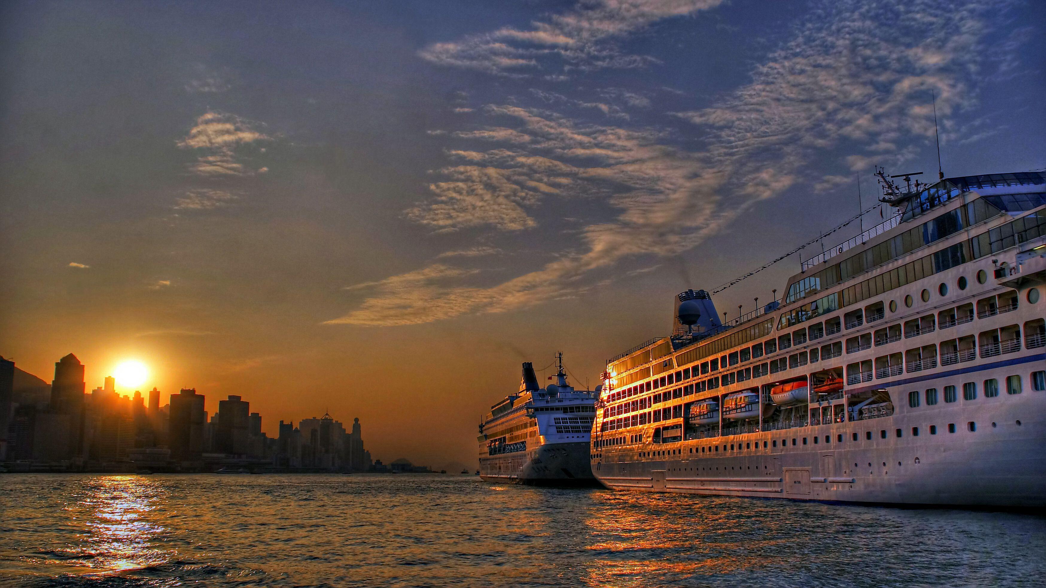 The 5 Best Detroit River Cruises Entertainment Honeymoon