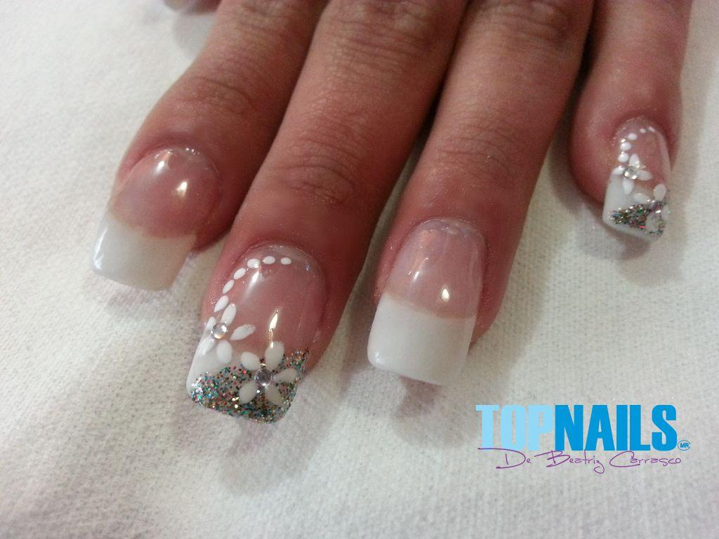 Cel 94243426 decorated nails 94243426 saludos de - Decoracion de unas francesa ...