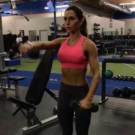 pinangela on angiefit  alexia clark shoulder workout