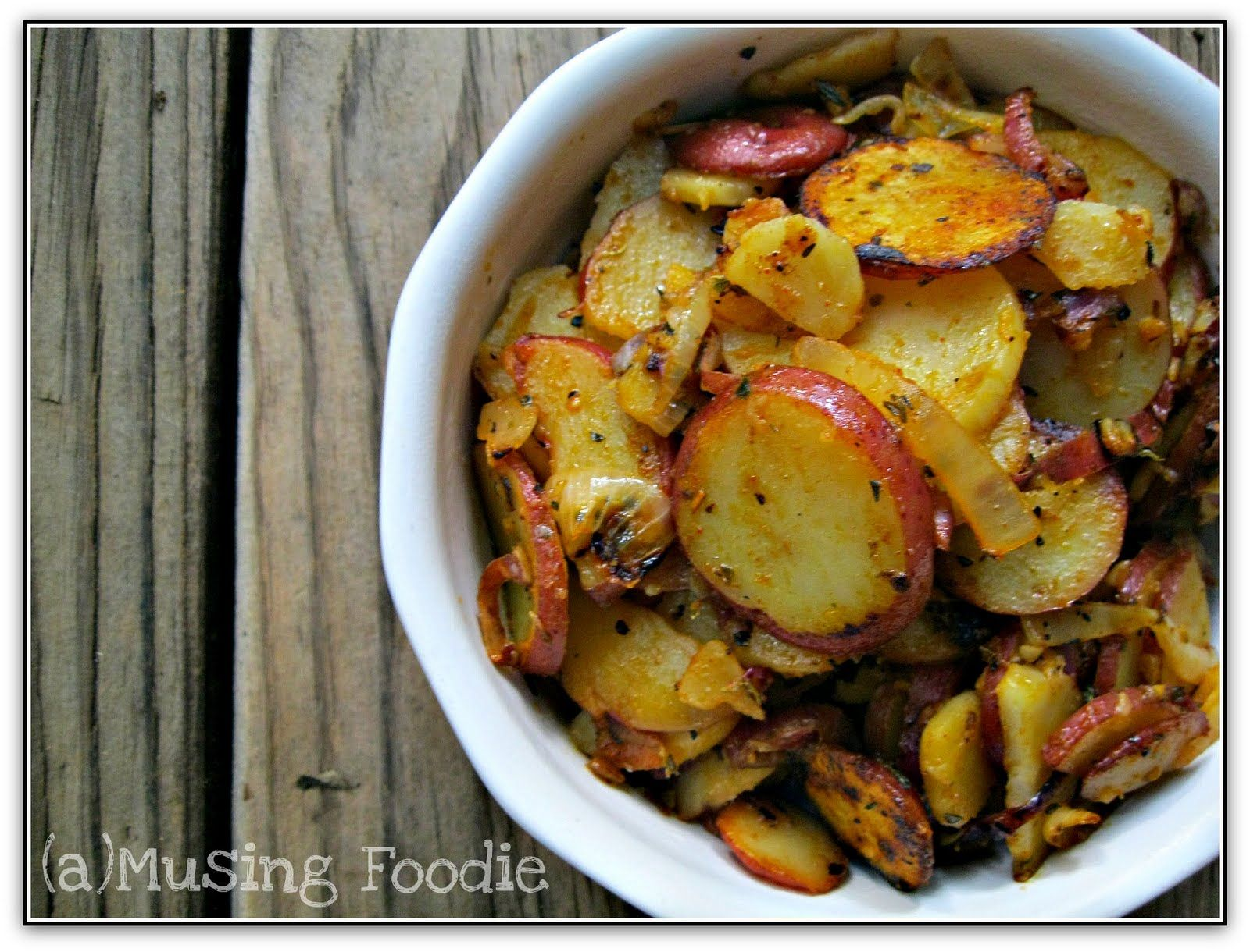 rustic skillet potatoes with paprika | recipe | skillet potatoes