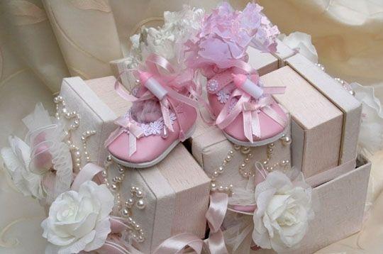 photo deco bapteme decoration table en rose et blanc bapteme fillette baby shower comunion. Black Bedroom Furniture Sets. Home Design Ideas
