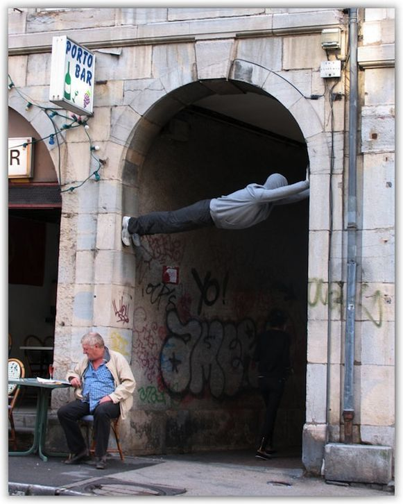 Mark Jenkins - street art