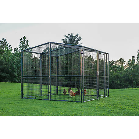 Producer S Pride Universal Poultry Pen 8 Ft X 8 Ft Cr0808 At Tractor Supply Co 600 But Sturdy And Can Be Put Up In 2020 Patio Stones Tractor Supplies Pet Resort