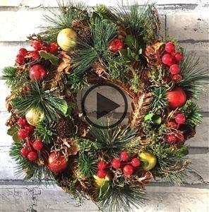 Traditional bauble wreath 36cm #baublewreath Traditional bauble wreath 36cm #baublewreath