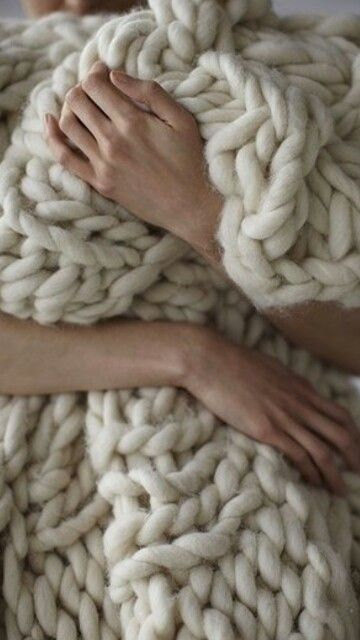Chunky knit throw- love
