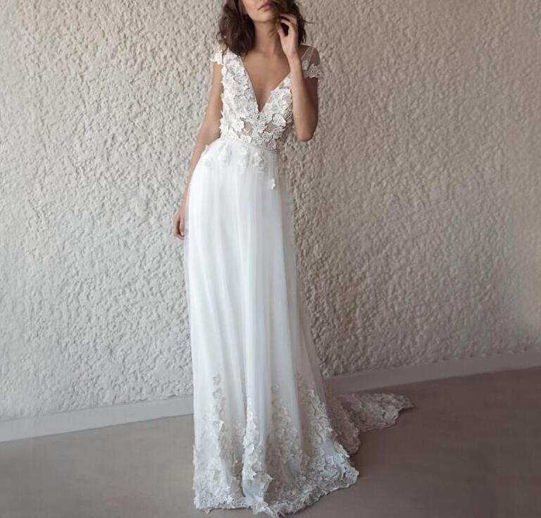 Charming A-Line V-Neck Wedding Dresses,Appliques Backless Sleeveless Tulle Wedding Dresses.207