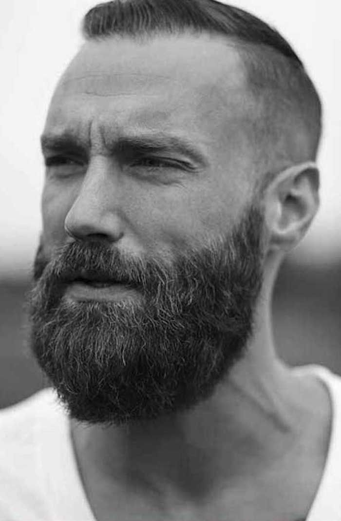 Coupe homme court et barbe