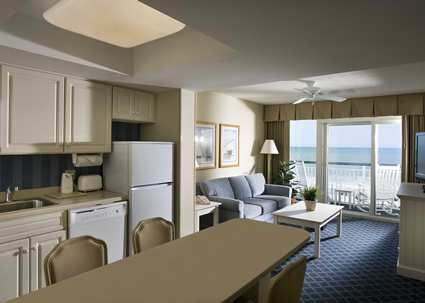Hampton Inn Suites Myrtle Beach Oceanfront Hotel Sc King Suite Living Area Bedroom Suite 2 Bedroom Suites Bedroom Design Styles