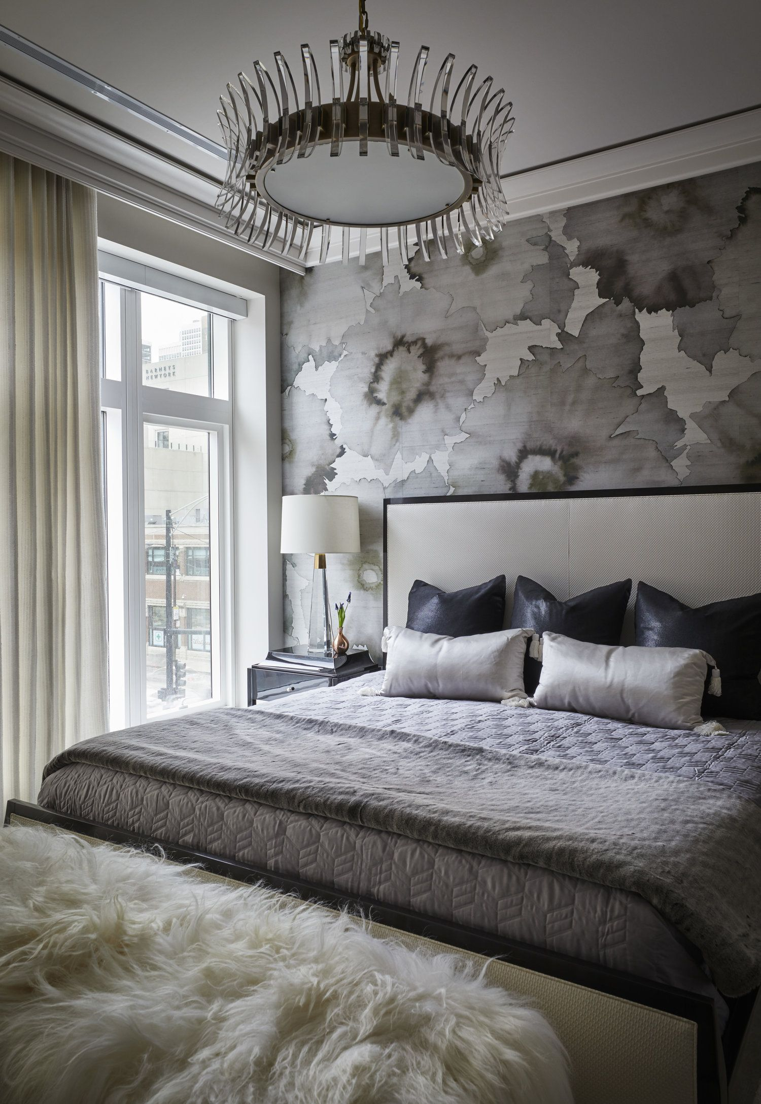MODERN SOPHISTICATED CONDO | Chic and fashion forward master bedroom ...