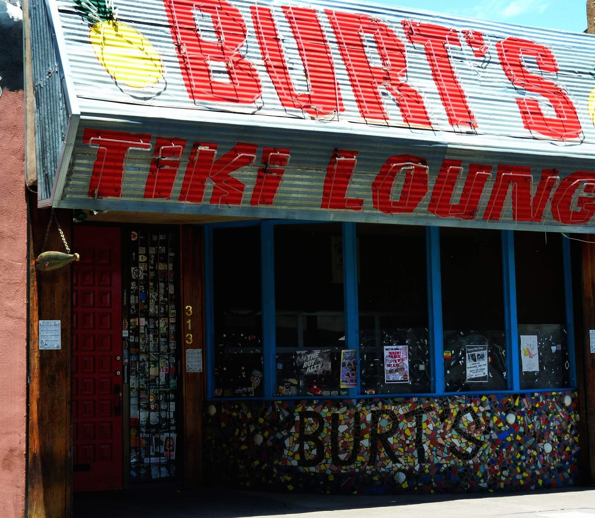 The 21 Best Dive Bars In America 2014 Dive Bar Tiki Lounge America