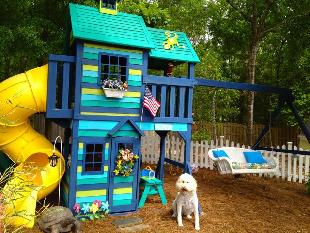 Painted Play Set Amp Love The Idea Of That Bench Swing In
