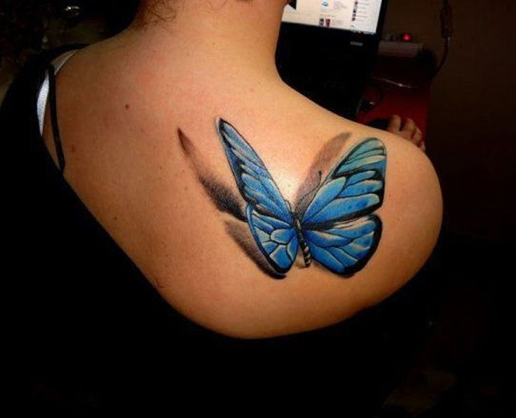Soyez Inspiree Avec Ce Tatoo Modele Tatouage Papillon 3d En Relief Bleu Sur Haut Du Dos Cote Droit Re Tatouage Papillon 3d Modele Tatouage Tatouage Papillon
