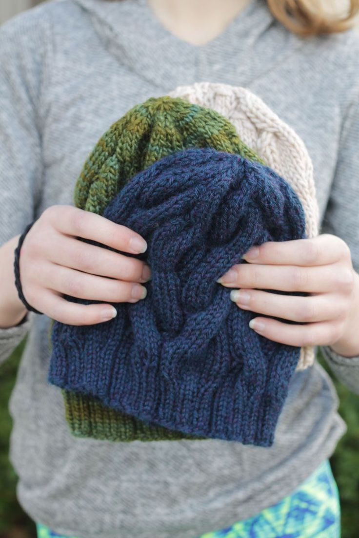 the skalbagge cabled hat is a free knitting pattern for a ...