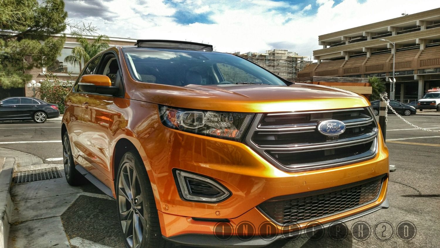 Ford Edge Cranks Up The Heat At W Scottsdale In Deep Ho