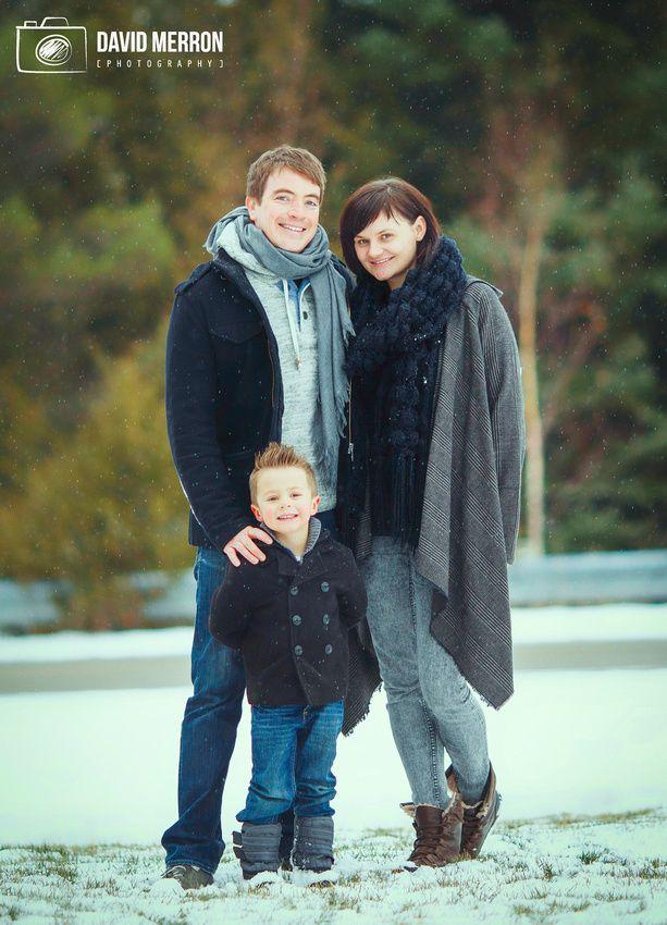 Family portrait winter. davidmerronphotography.com