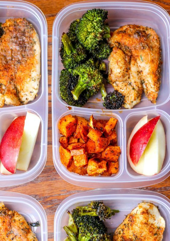 Meal Prep Lunch Bowls with Spicy Chicken, Roasted Lemon Broccoli, and Caramelized Sweet Potatoes #crockpotmealprep