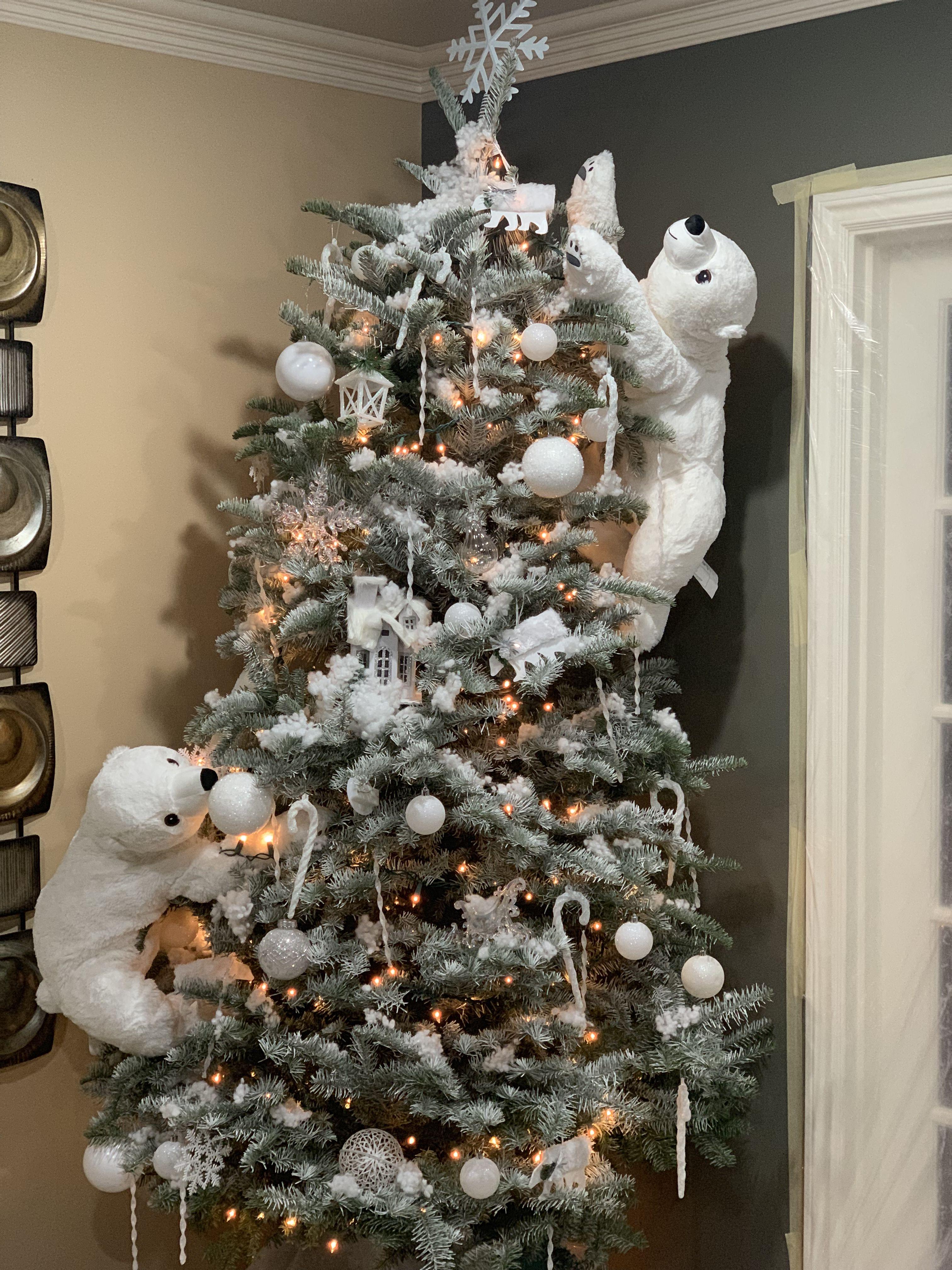 Polar Bear Christmas Tree Cool Christmas Trees Woodland Christmas Decor Christmas Tree Decor Ideas 2020 Pink