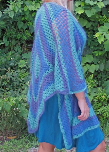 Shawls Ponchos Wraps Knit And Crochet Patterns Exquisite Knit