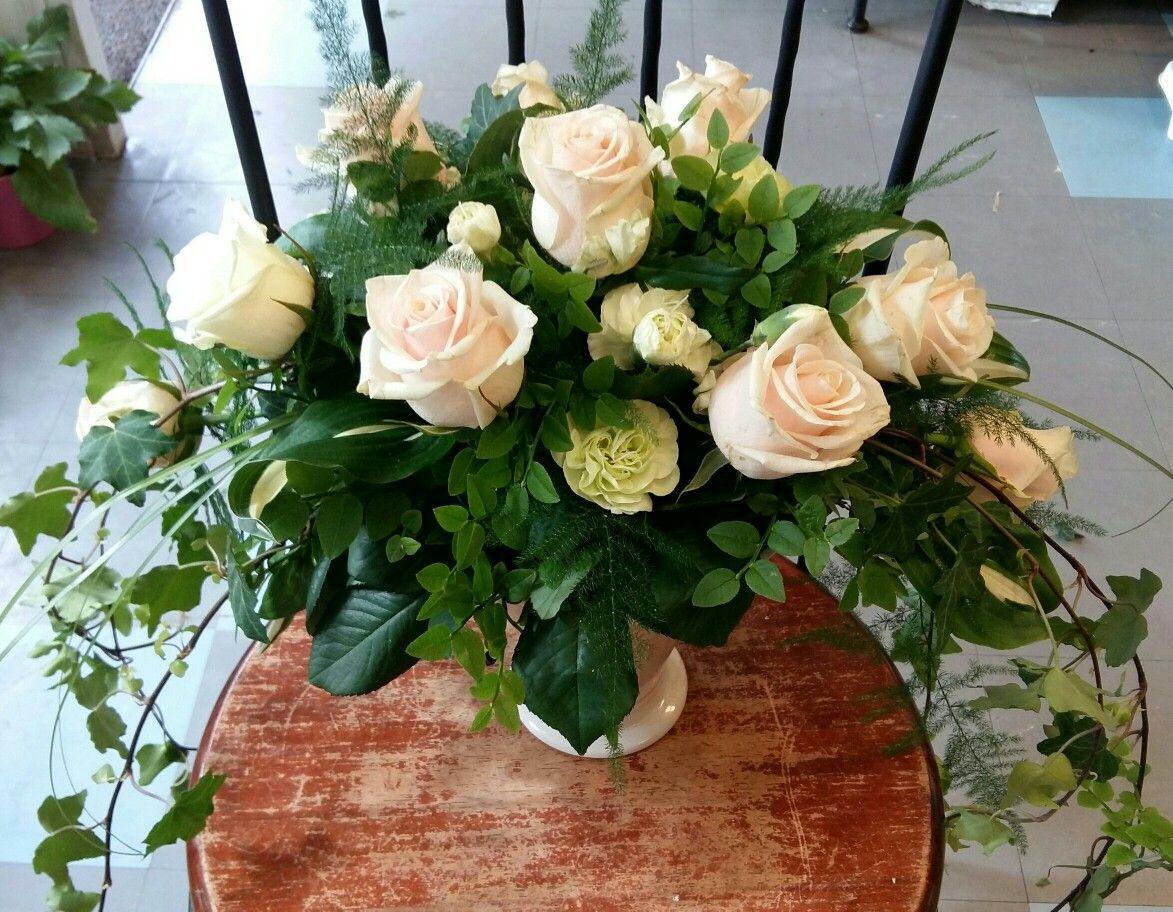 Kukka ja Sidonta Villi-Ruusu