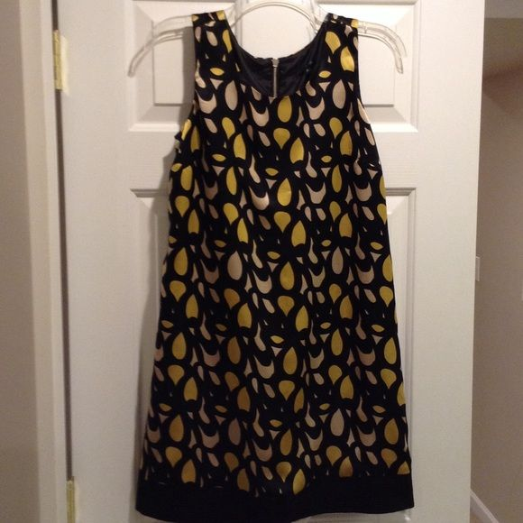 Molly New York silk dress This 100% silk dress is a great date night dress. It has a super cute funky pattern. Molly New York Dresses