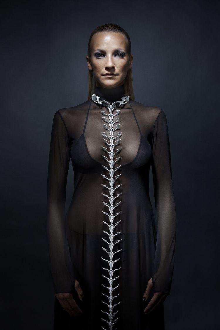 Spine necklace with colar - Eero Hintsanen