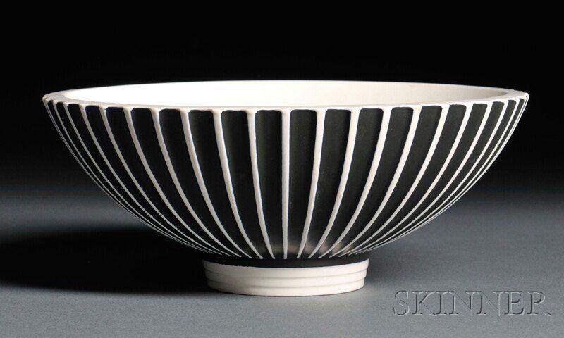 Wedgwood Norman Wilson Slip-decorated Bowl c. 1940
