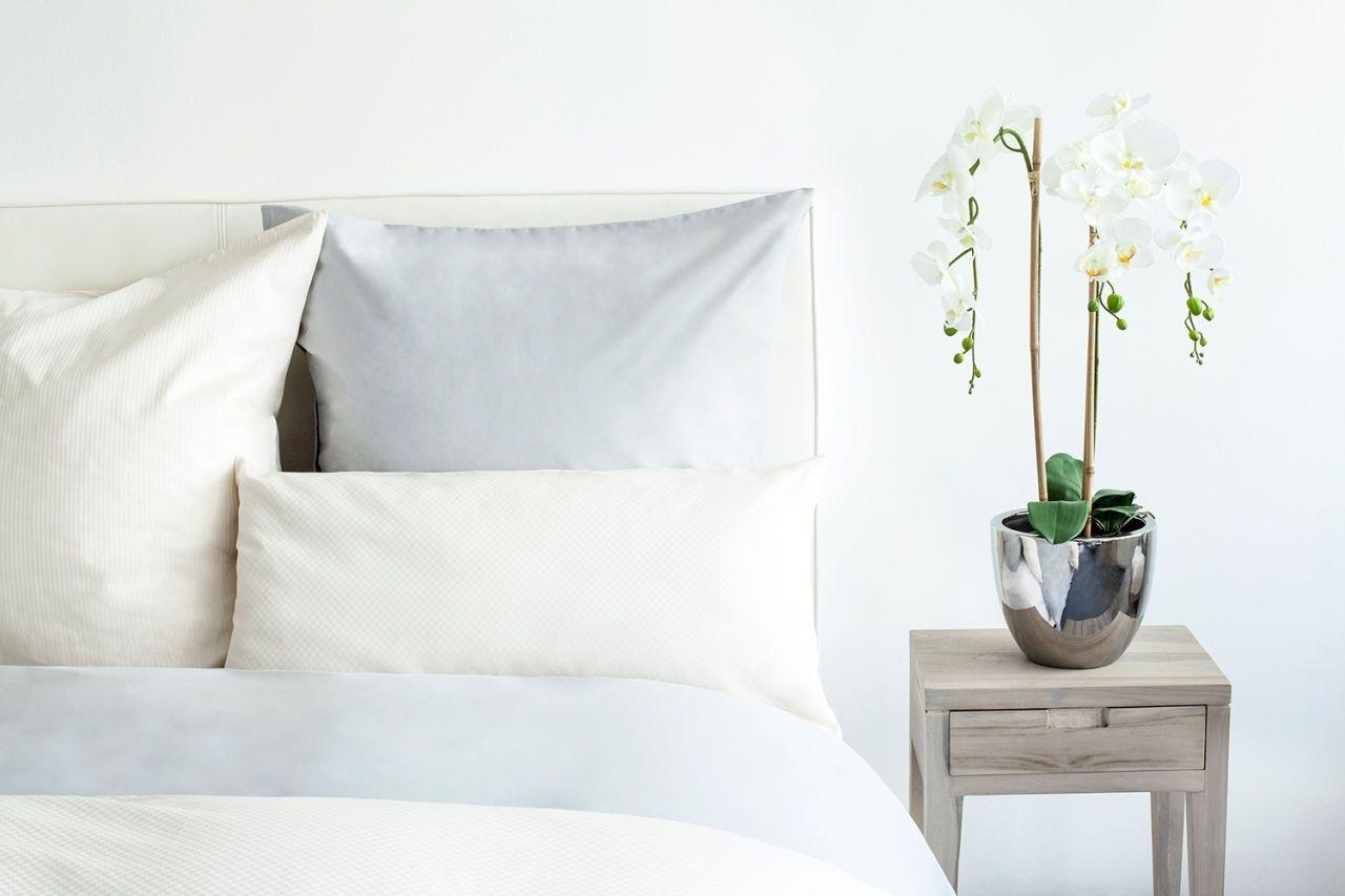 Kleur wit en blauw in je slaapkamer wit is de kleur van vrede en rust en daarmee de ideale - Kleur voor volwassen kamer ...