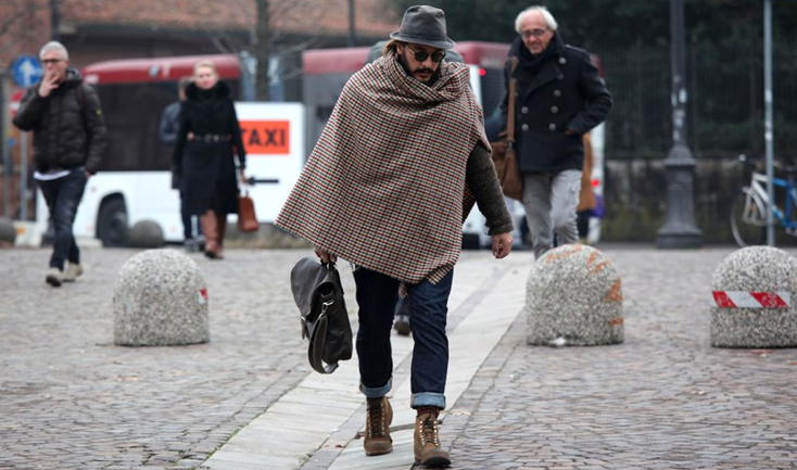 Pitti Uomo A/W 13 Street Style, captured by GQ. WWW.LINEAFASHION.COM #streetstyle #menswear #winterstyle #designerlabels #fashion #gentlemen #moderngentlemen #classic #tweed #hikingboots