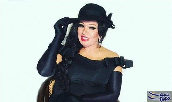 إطلالة فيفي عبده في دبي تثير غضب جمهورها أثارت الفنانة المصرية فيفي عبده انتقادات جمهورها بسبب إطلالتها في دبي بعد مشاركتها في مهرج Wonder Woman Women Style