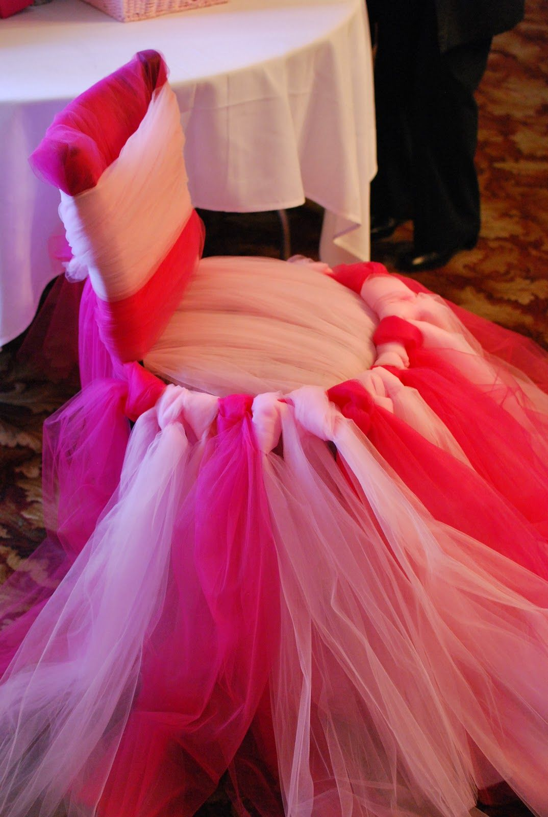 DSC_1208.JPG (1074×1600) Cute idea with tying tulle to a chair in ...