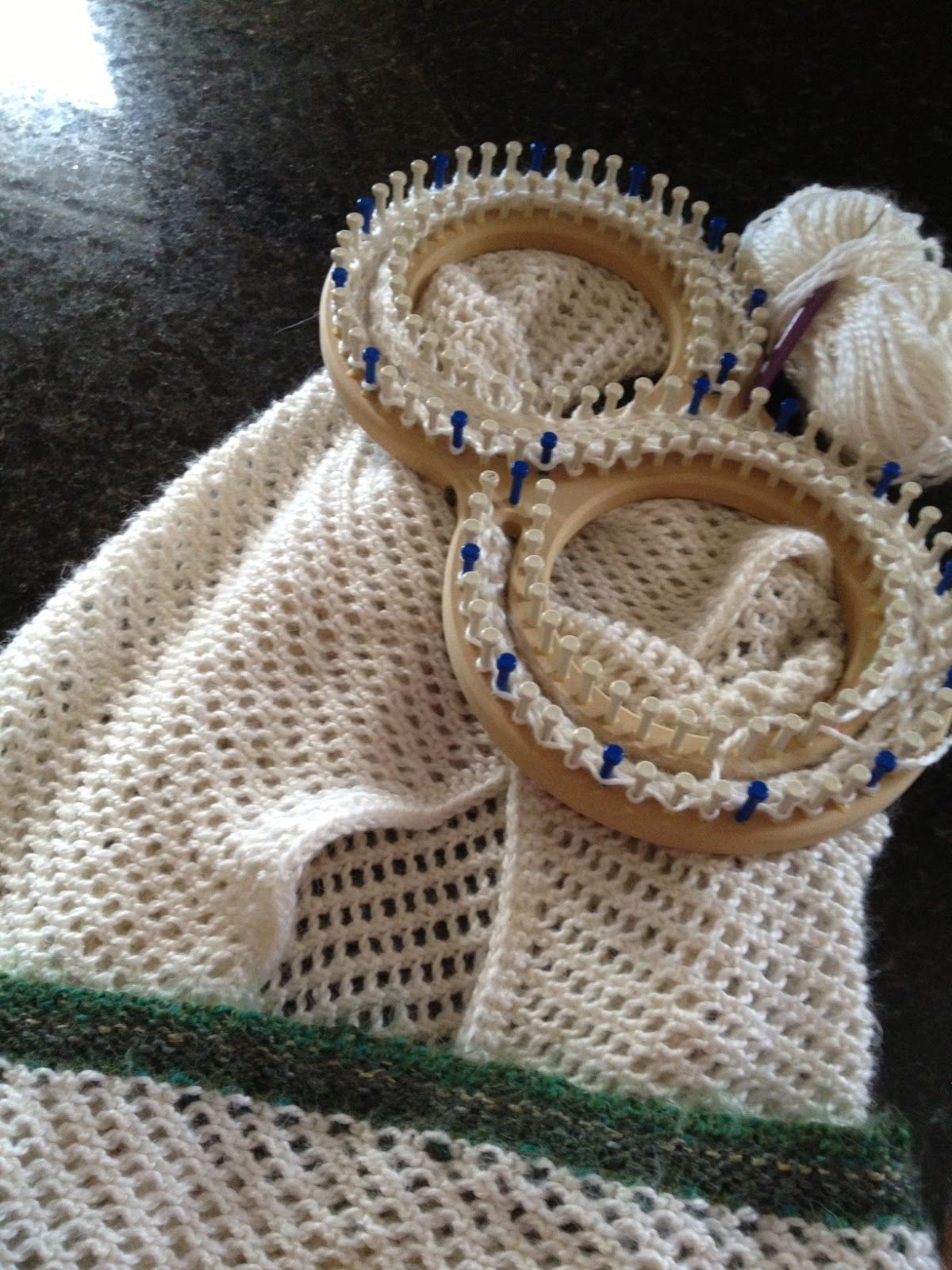 Knitting A Baby Blanket On A Round Loom : Loom knit afghan lace loomed blanket