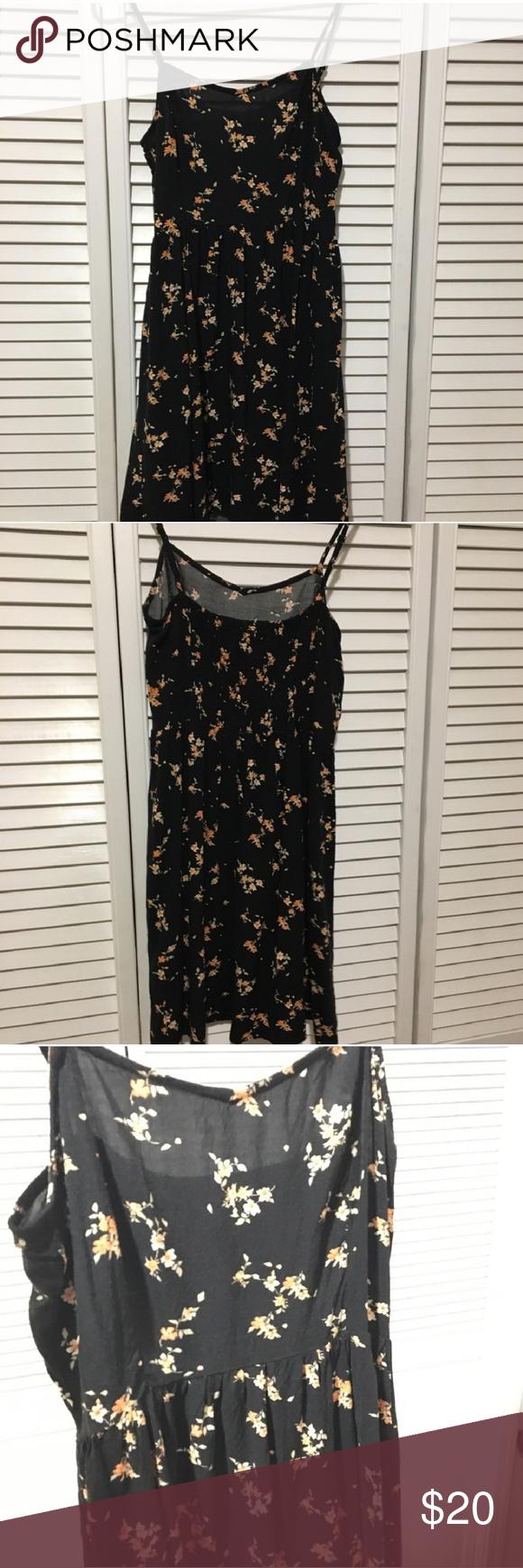 Black Divided H M Floral Dress Floral Dress Divided H M Dresses [ 1740 x 580 Pixel ]