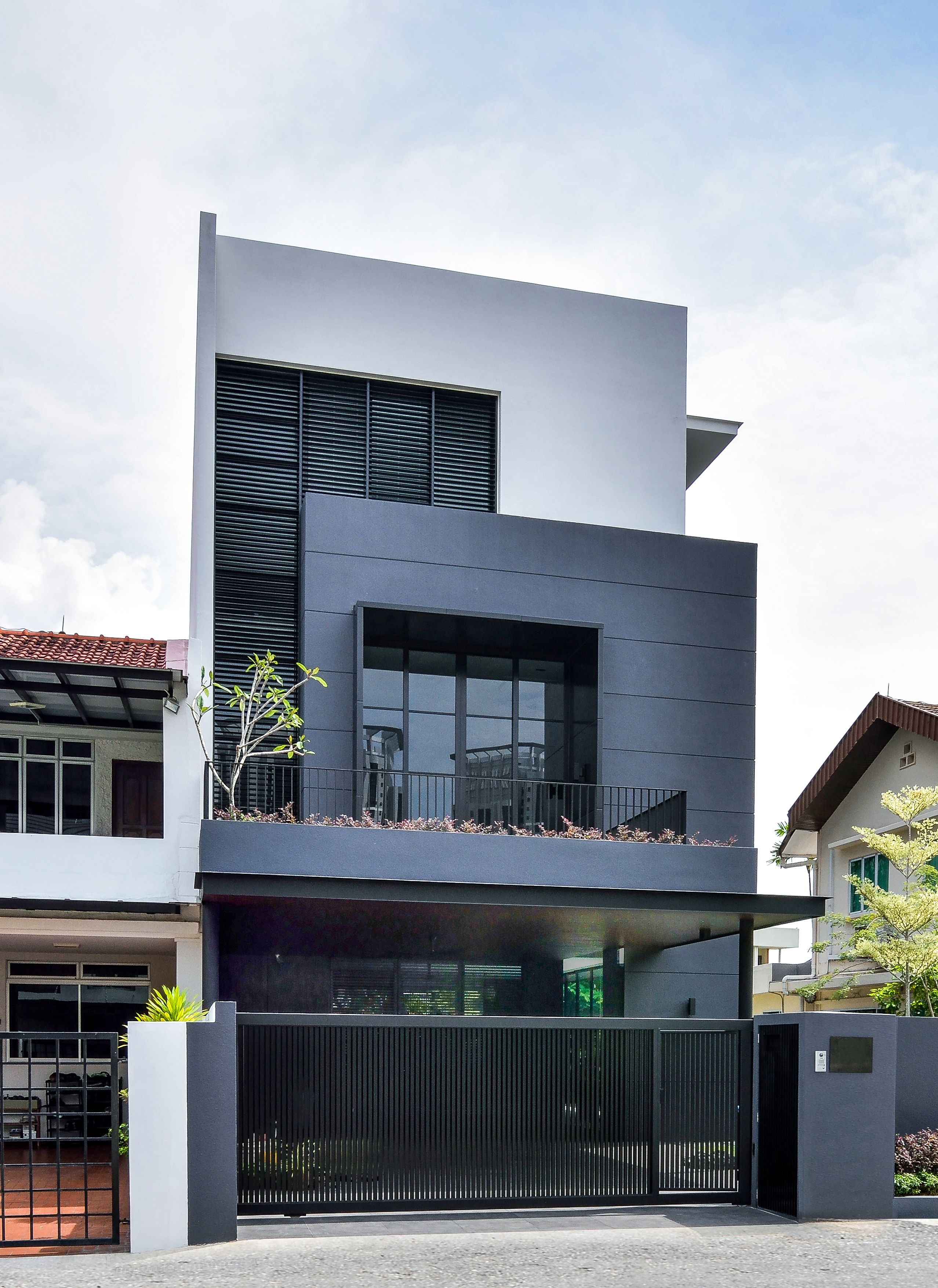 Interesting House Exterior Design In Kulai Malaysia: Our Dedicated Team Of Architects, Designers And Visualizers Bring Together A Wealth Of