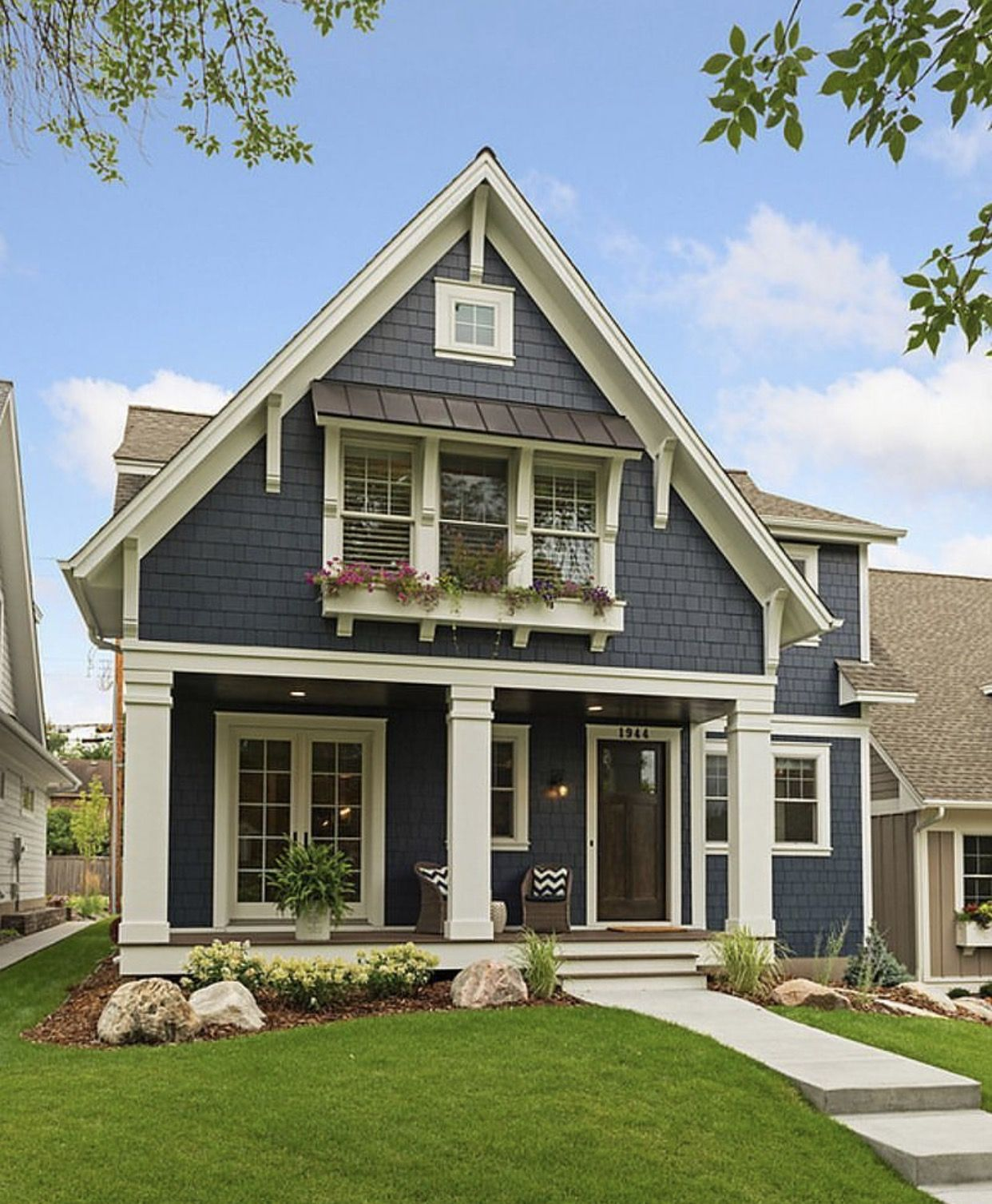 Gorgeous craftsman house | Modern farmhouse exterior, House ...