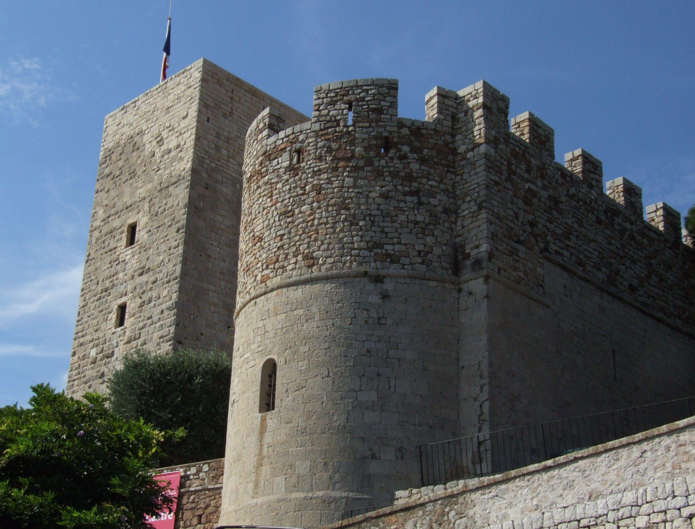Chateau Et Tour De La Castre Le Suquet Cannes Alpes Maritimes