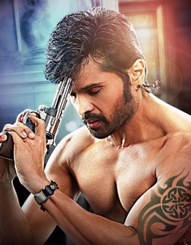 After the movie The Xpose, Himesh Reshammiya is all set to play a gangster in Ravi Rai's action thriller 'Guns N Roses'. Shooting of the movie starts from August 2015 at Greece. #himeshreshammiya #gunsnroses #entertainment #bollywood
