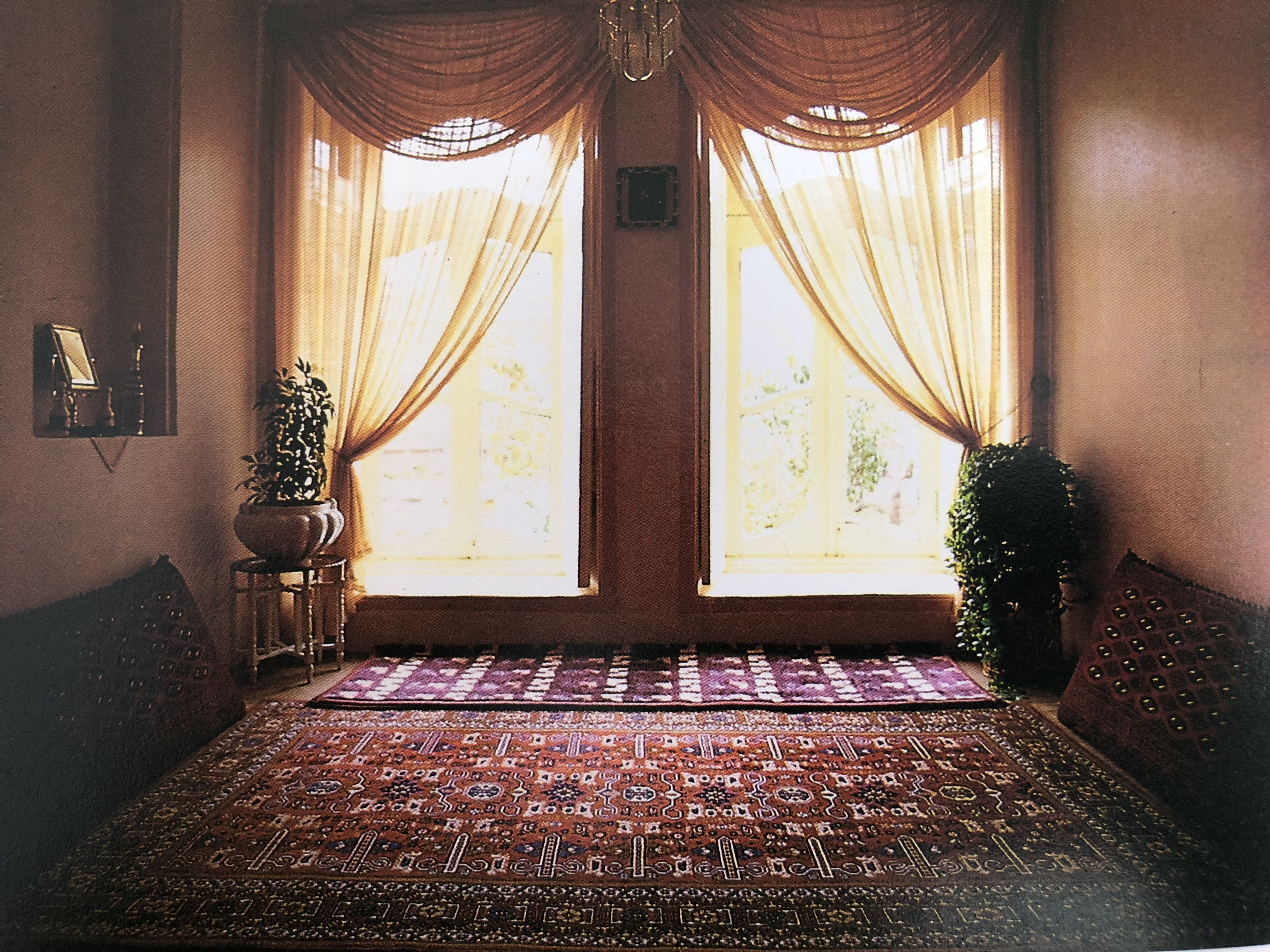 Living Room In Traditional House In Iran Persianinteriordesign