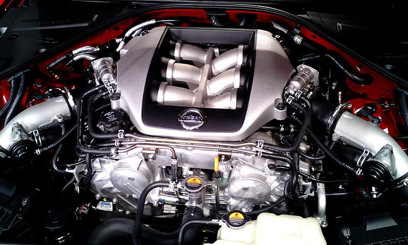 Great Nissan GT R R35   Engine Bay