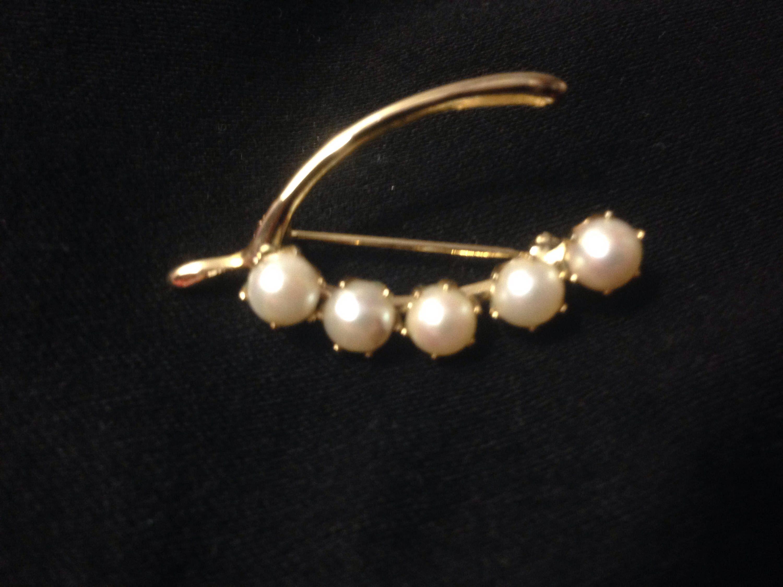 Pretty Vintage Silver Wishbone Wish Bone With Pearl Lucky Charm