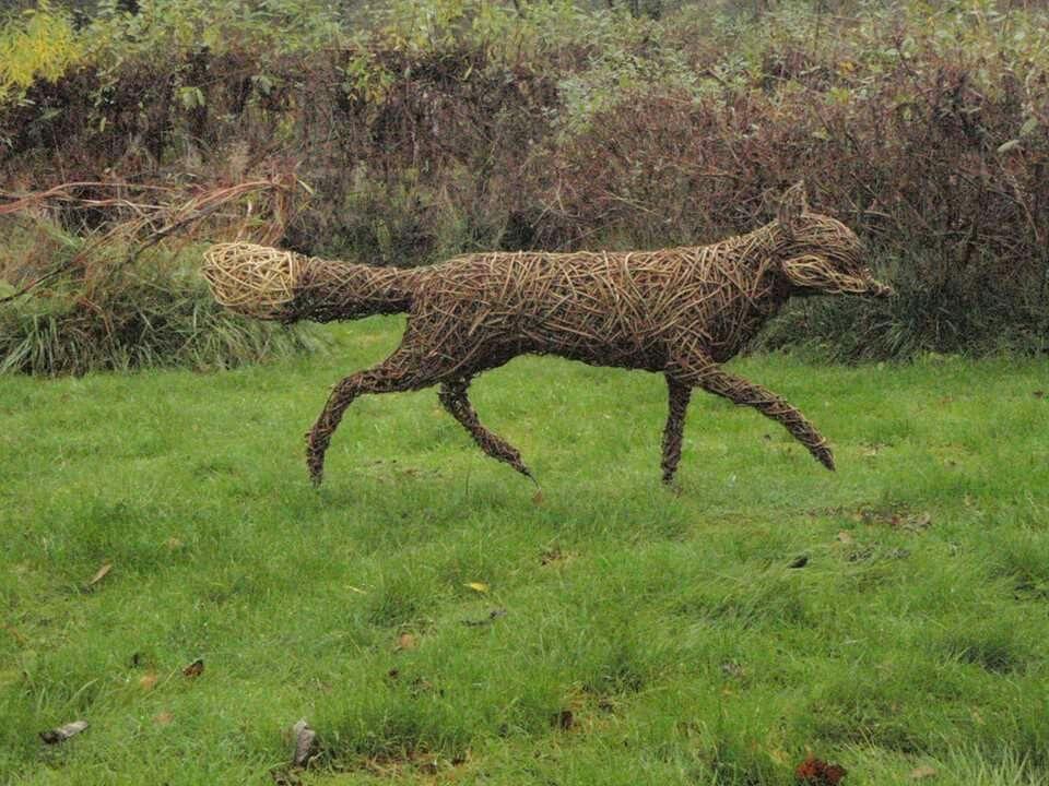 Joolz Doncaster   animals   Pinterest   Hasendraht, Skulptur und ...