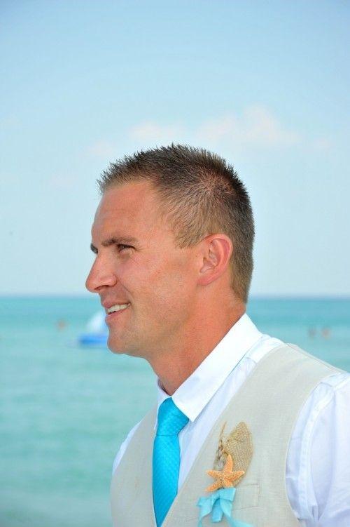 46 Cool Beach Wedding Groom Attire Ideas | Weddingomania | Weddings ...